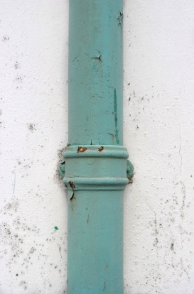 tiffany-blue-guttering