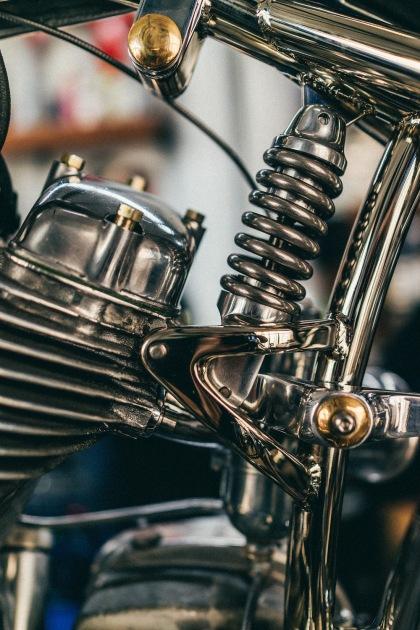 custom-details-Max-Hazan-bike