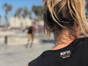 Revit-womens-tee