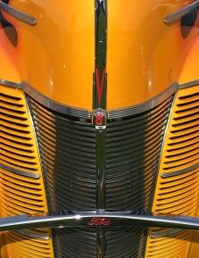 Ford-delux-v8