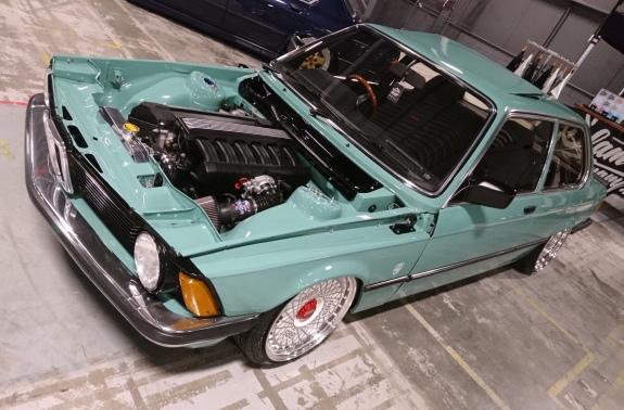 BMW-E21